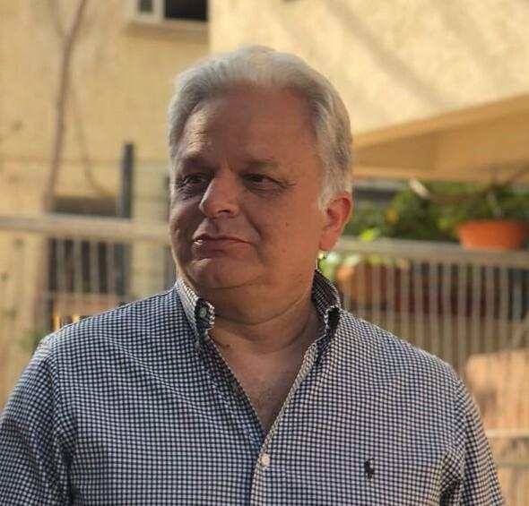 """יו""""ר ארגון קבלני נתניה רפי זנזורי"""