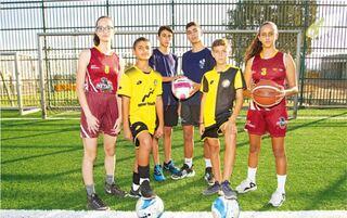 מימין: שלי פרידמן, יונתן קוצר, עילאי מעוז, , דוד גבע, רוי יצחק ושחר פרנק. רק רוצים לעשות ספורט