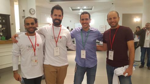 צוות המנחים המנצח של גוגל (צילום: איתמר רותם)