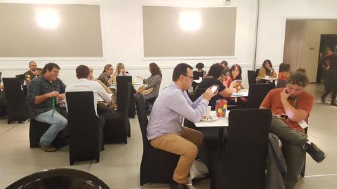 בעלי עסקים רבים מנתניה והסביבה השתתפו בכנס גוגל של ידיעות תקשורת (צילום: איתמר רותם)