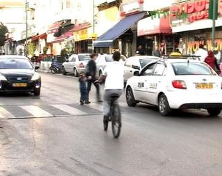 אופניים בעיר. צילום: עמותת אור ירוק