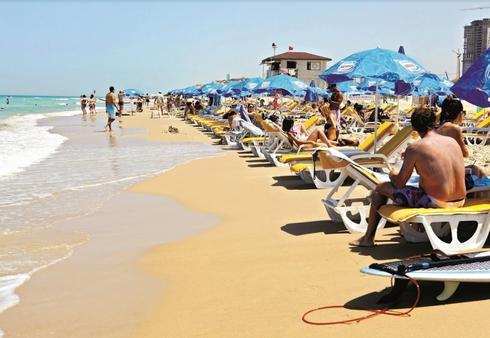 חוף פולג. ייבנו בתי מלון? | צילום: אסף פרידמן