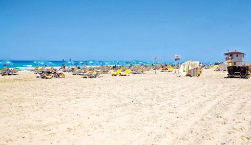 חוף פולג. לדיירים באזור יהיה נוף לים | צילום: אסף פרידמן