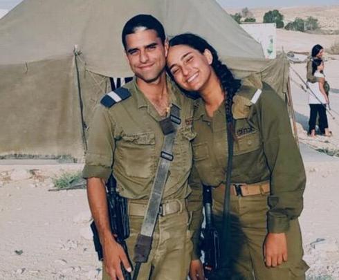 """מצטייני חיל האוויר. יונתן ודניאל ציאג   צילום: דובר צה""""ל"""