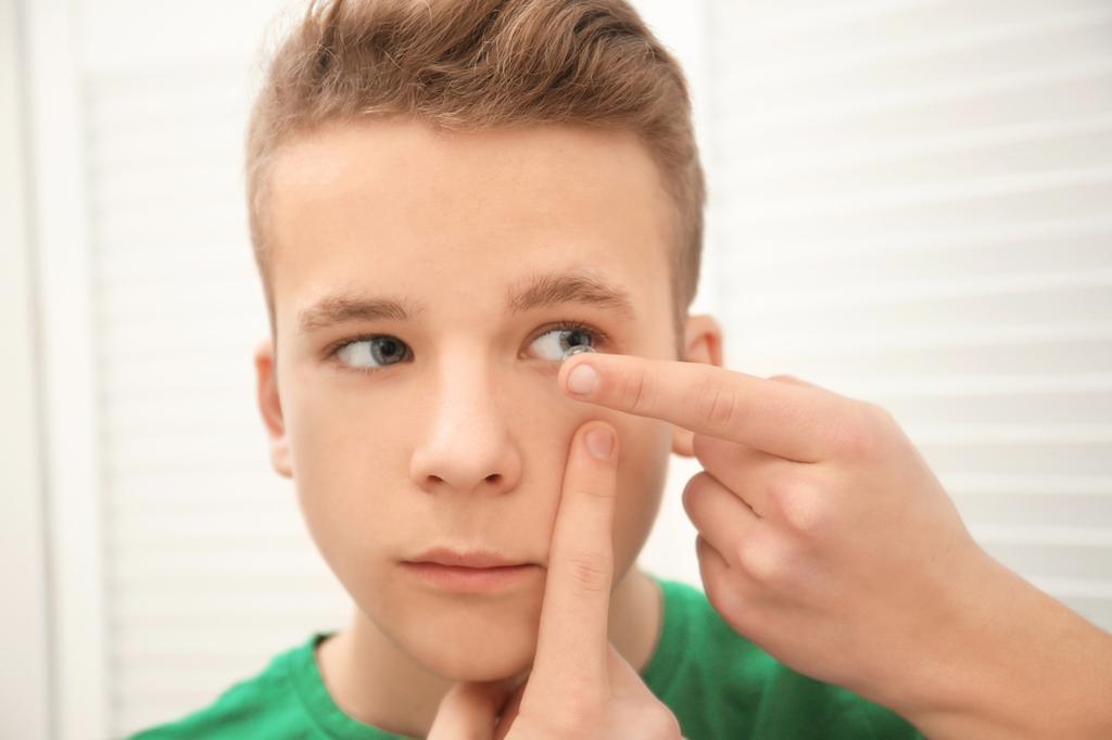 עדשות מגע מיוחדות לילדים ונוער. צילום: coopervision