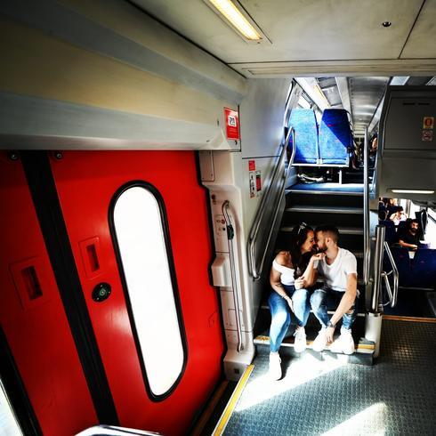 סיפור אהבה שהתחיל ברכבת | צילום: שימי בר